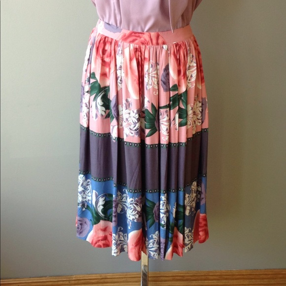 Comme Toi Dresses & Skirts - Comme Toi Skirt
